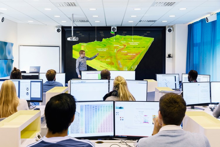 karusellIPT_education computer room 2