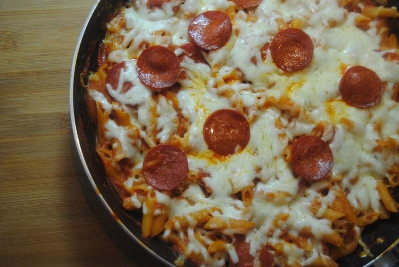 One pan pepperoni pizza pasta bake