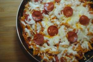 pepperoni pizza pasta bake recipe 1