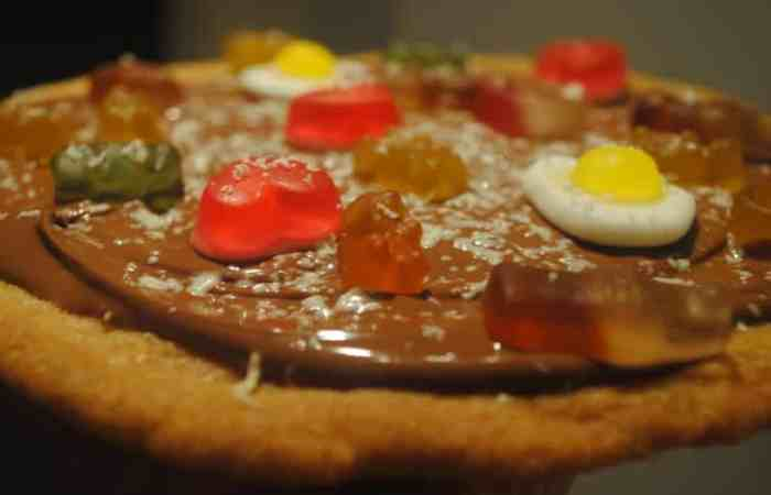 Sweet pizza cookie recipe