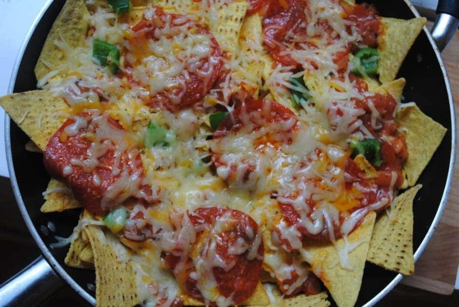 pizza nachos 2