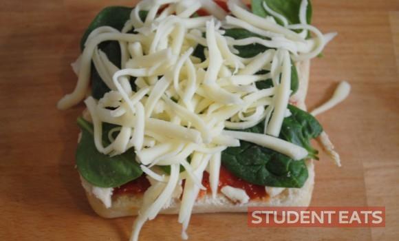 spinach chicken pizza 1