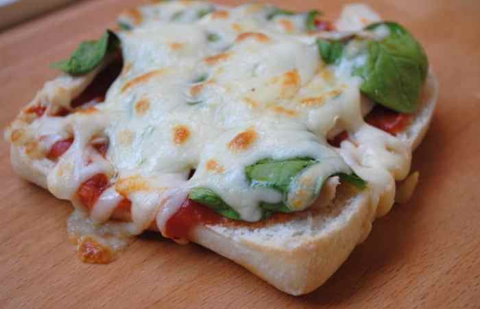 Chicken and Spinach Ciabatta Pizzas