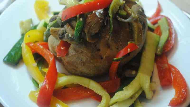 Jacket potato with fried vegetables