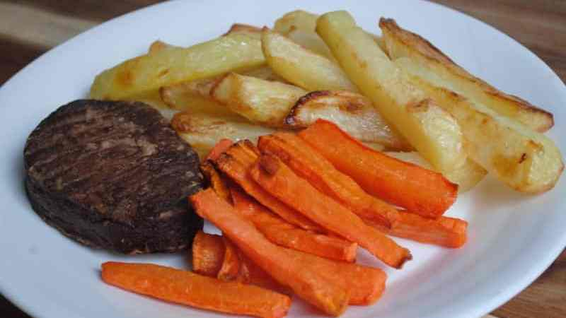 Healthy Vegetarian Steak and Chips - 1