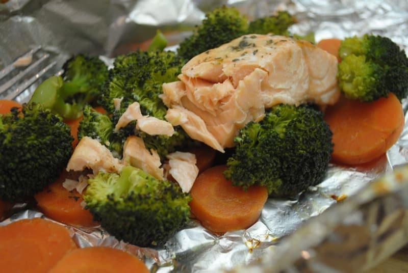 Garlic Honey Salmon with Vegetables
