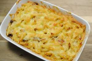 Cheating Chicken, Mushroom And Bacon Pasta Bake recipe - 1