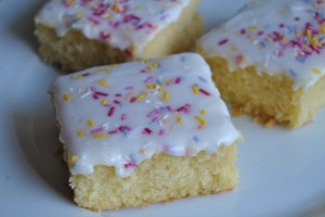 School Dinner Cake sprinkle recipe - 1