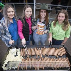 Yr 12 Students Support Local Farmers