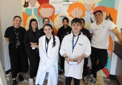 Warnbro Students Paint Community Murals