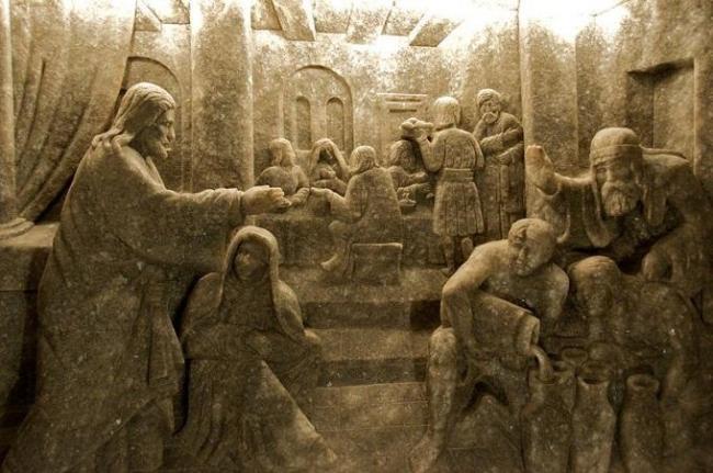 скульптуры в соляной шахте Польши