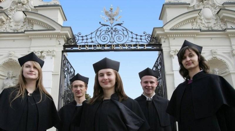 Польша упрощает жизнь иностранным студентам