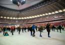 На Национальном стадионе в Варшаве уже можно покататься на коньках