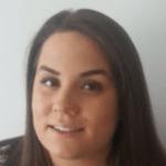 Laura - Spécialiste des procédures d'admission et des dossiers administratifs