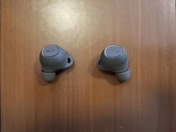 AUKEY Bluetoothイヤホン