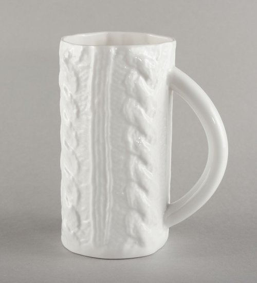 porcelain-knitted-beer-mug