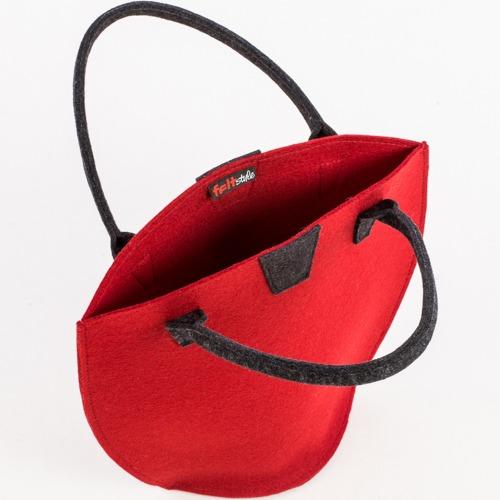 filca-rokassoma-sarkana-feltstyle