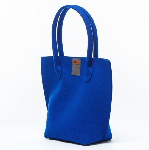 simply-felt-bag-blue