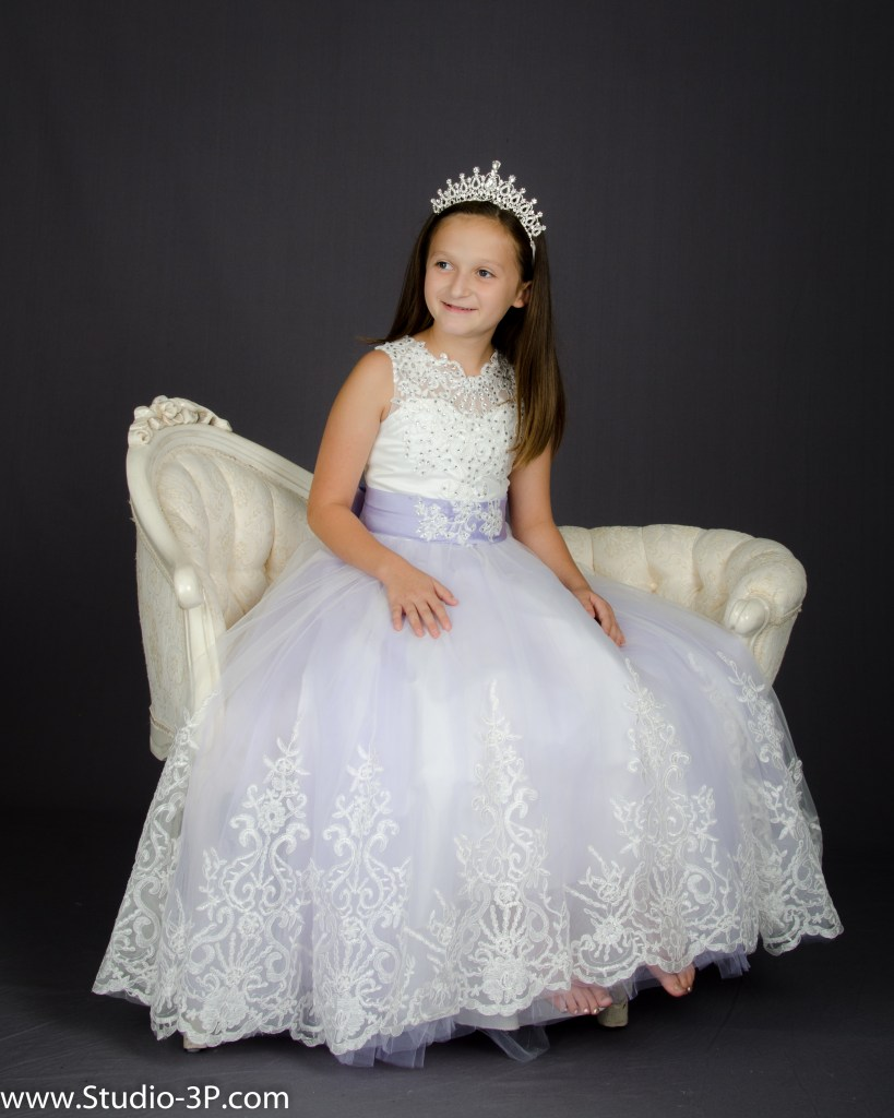 Child with White Dress
