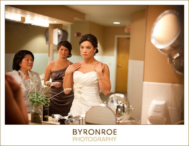 bend-golf-country-club-oregon-wedding-lizzymiro-10