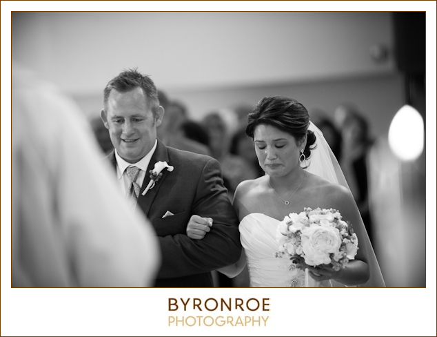 bend-golf-country-club-oregon-wedding-lizzymiro-18