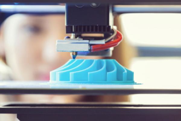 Impression 3D, atelier artisanat numérique, création trophée 3D sur mesure, fabrication produits prototypes, trophée de l'innovation durable