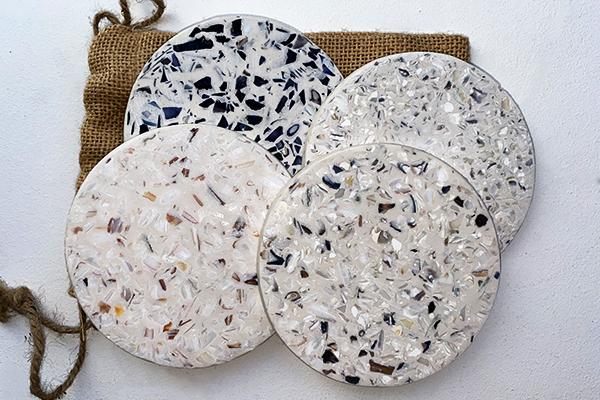 Dessous de verre en coquillage recyclé, multicolore, personnalisation, 4 échantillons, Studio l'ingrédient