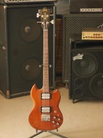 studiolaboiteameuh-guild-jetstar-bass-ii-2