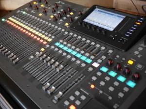 studio La Boîte à Meuh - Behringer X32