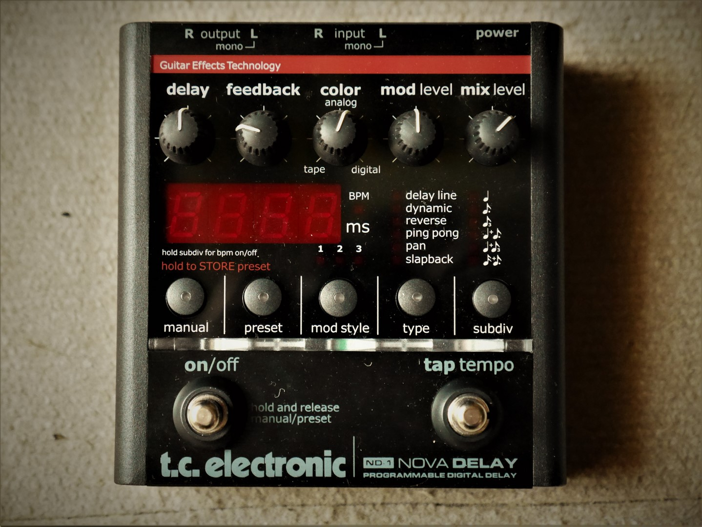 studio-la-boite-a-meuh-tc-electronic-nova-delay-nd1-face