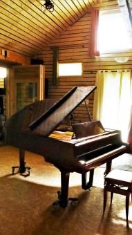 studio-la-boite-a-meuh-oct-2019-piano-queue