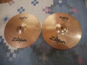studio-la-boite-a-meuh-zildjian-zxt-HH-dessus