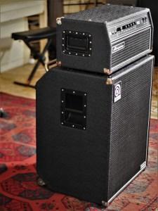 studio-la-boite-a-meuh-ampeg-svt-classic-410-hlf-cote