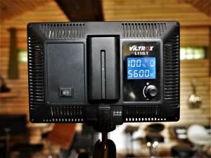 studio-la-boite-a-meuh-panneaux-led-video-viltrox-arriere