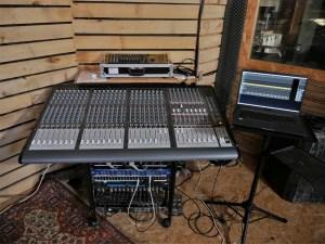 studio-la-boite-a-meuh-enregistrement-de-maquettes-regie