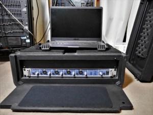 studio-la-boite-a-meuh-Fireface-800-en-flight-case-devant