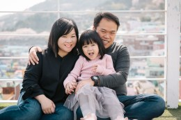 Busan Gamcheon Village Cherry Blossom Family Photographer-1