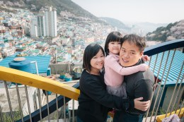 Busan Gamcheon Village Cherry Blossom Family Photographer-11