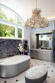 Contemporary master bath, soaking tub