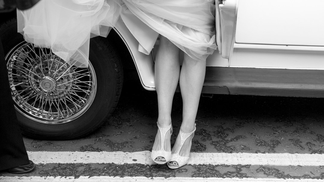 bride-gets-out-of-wedding-car