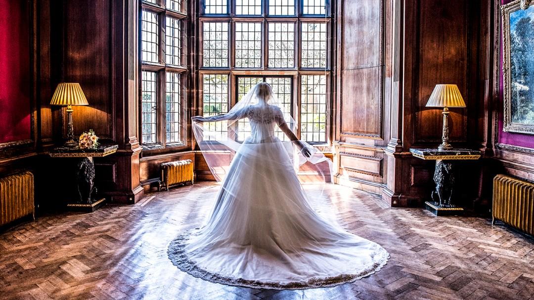 Bride and groom at Thornton Manor photographer John McCulloch, Studio 900