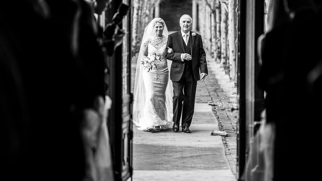 The lime walk at Thornton Manor. Wirral wedding photography by Studio 900