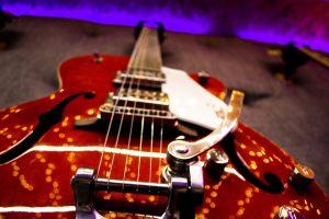 guitar_red