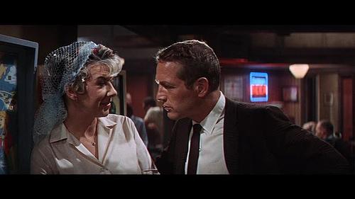 Paul Newman as private eye Lew Harper (3/5)