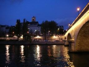 Le Pont Louis-Philippe : 5 mn à pieds