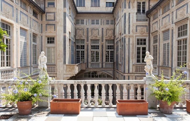 Palazzo Lomellino: apertura straordinaria in occasione delle festività di Pasqua, 25 aprile e 1 maggio.
