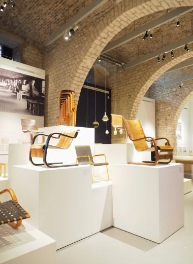 Alvar Aalto - Mobiliers et objets iconiques