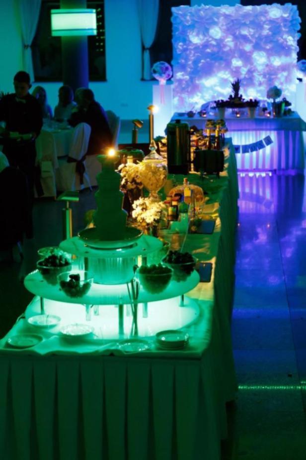 Stół szwedzki na weselu