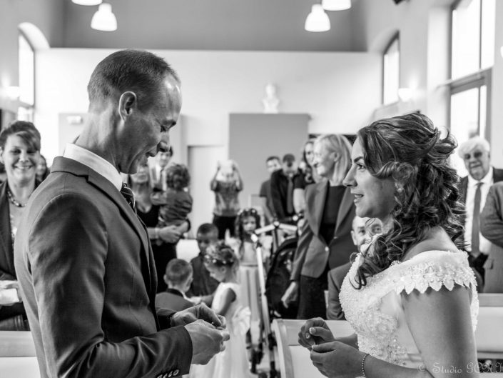 photo mairie remise des alliances de mariage