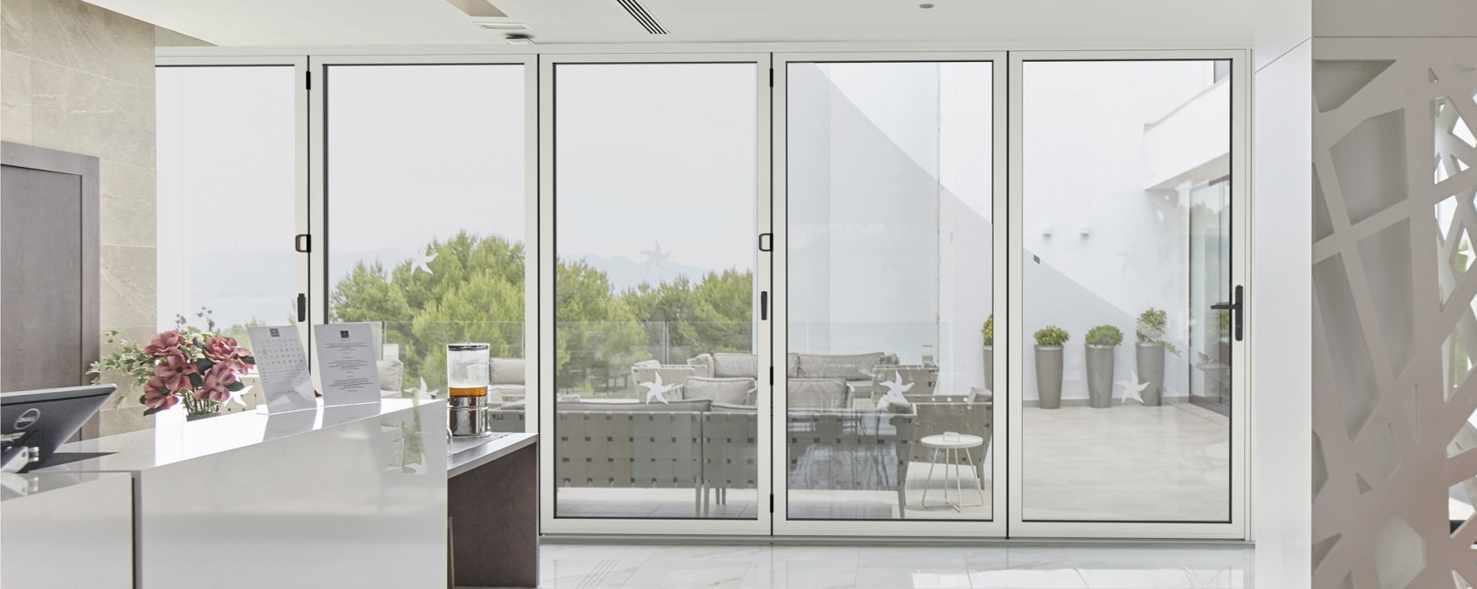 studio glide bifold door